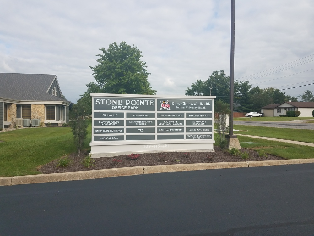 421 - Stone Pointe Office Park