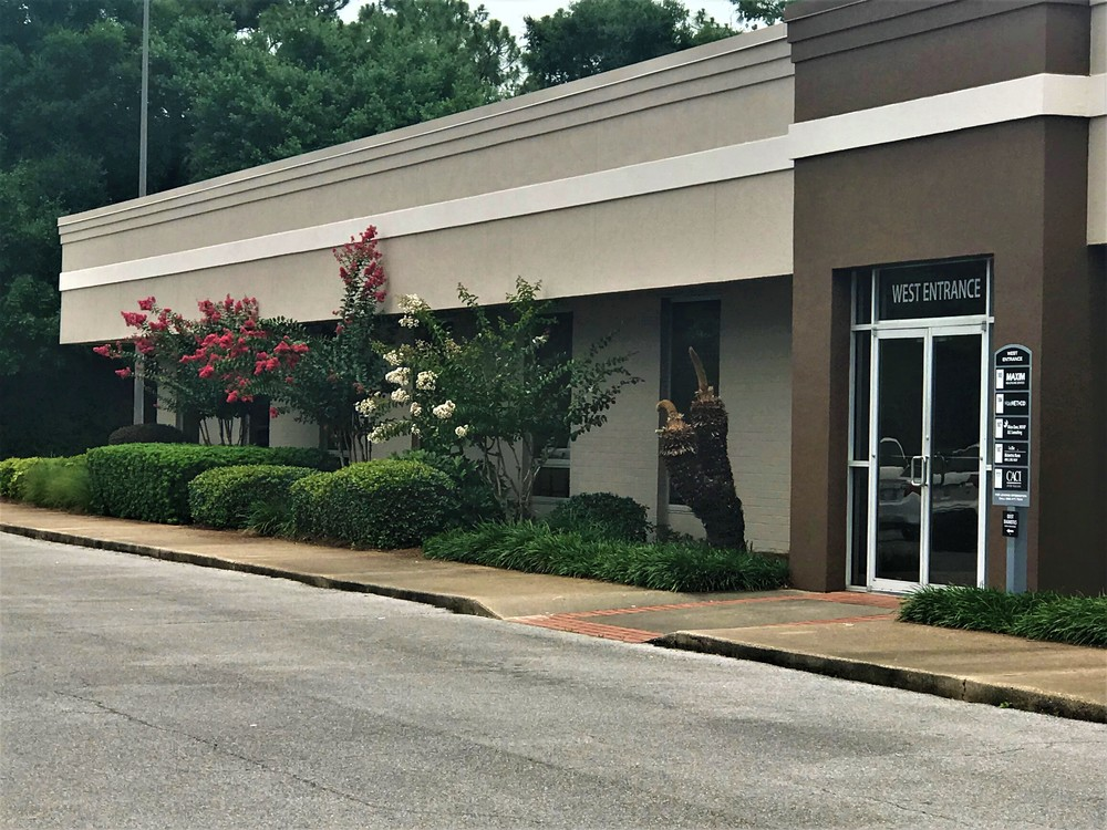 Bayou Corporate Center - Office Available