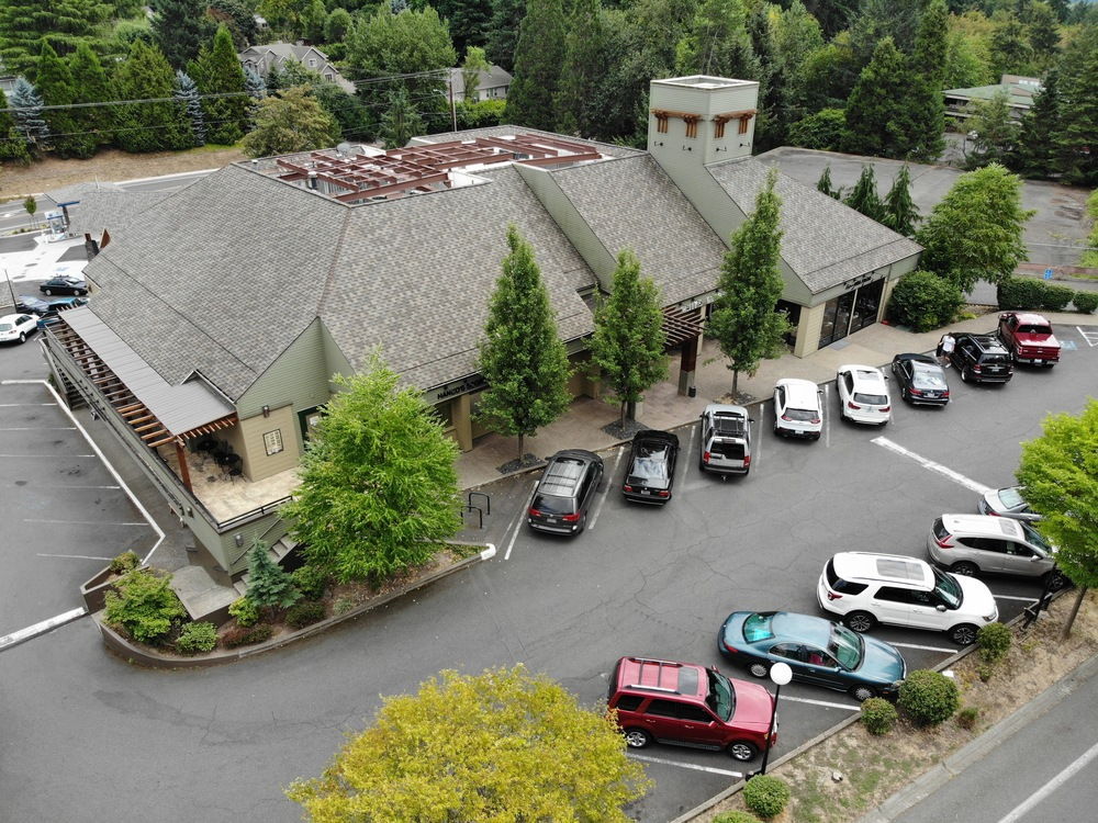 100 % leased retail building in prime Lake Oswego location
