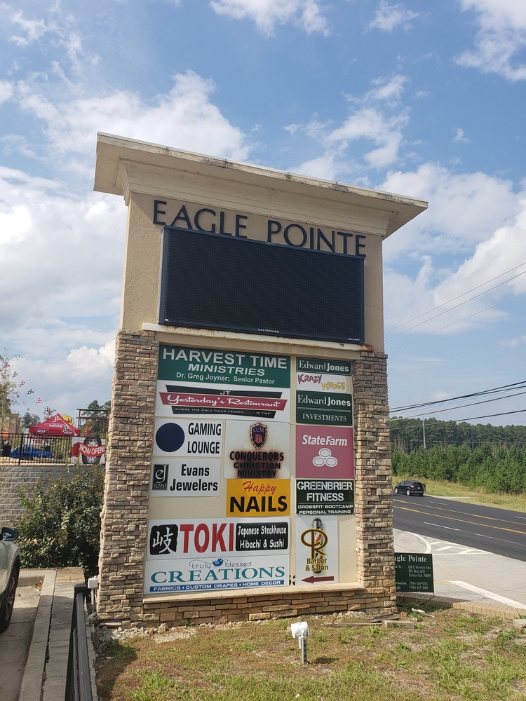 Eagle Point Shopping Center