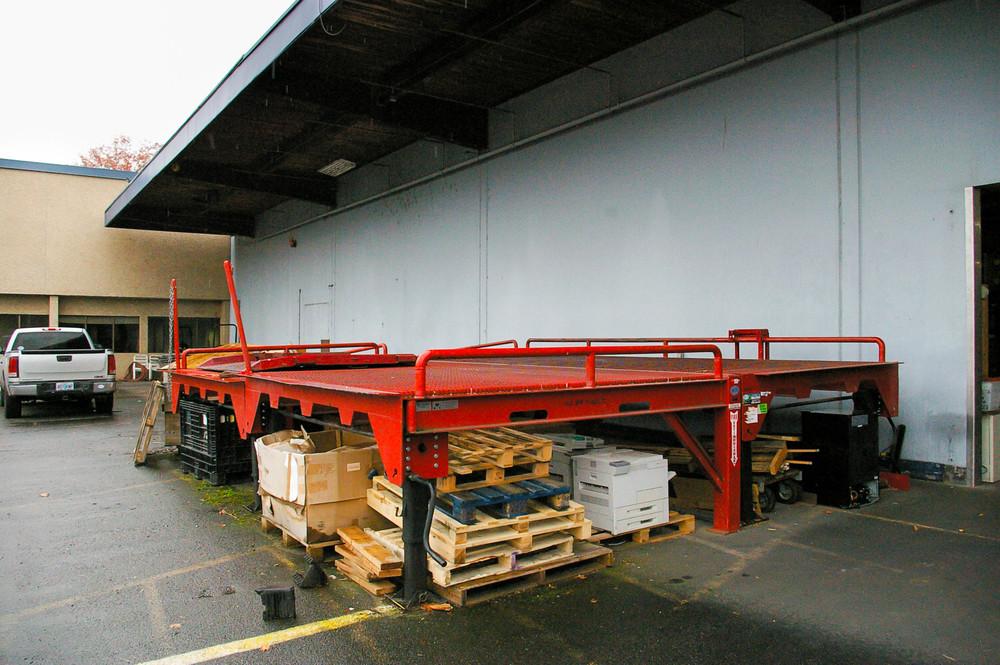 Exterior Forklift Ramp