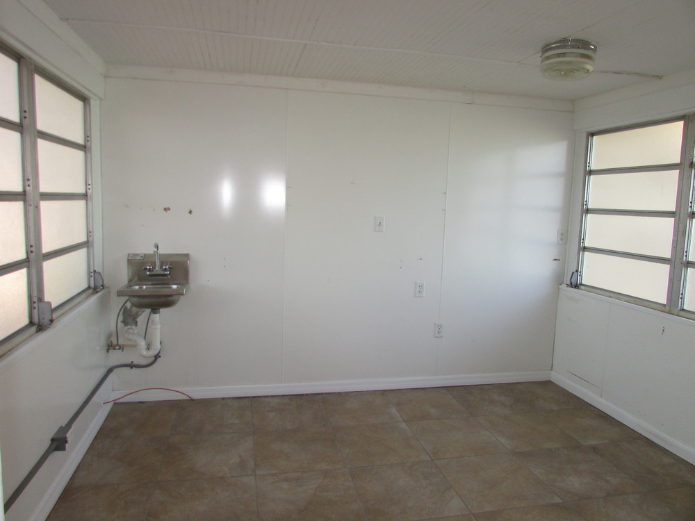 243 N. Lime Ave., Sarasota, FL 34237 - thumbnail 7 of 9