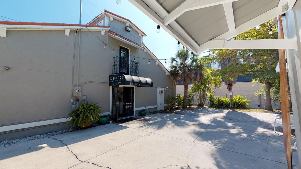423 N. Lemon Ave., Sarasota, FL 34236 - thumbnail 42 of 56