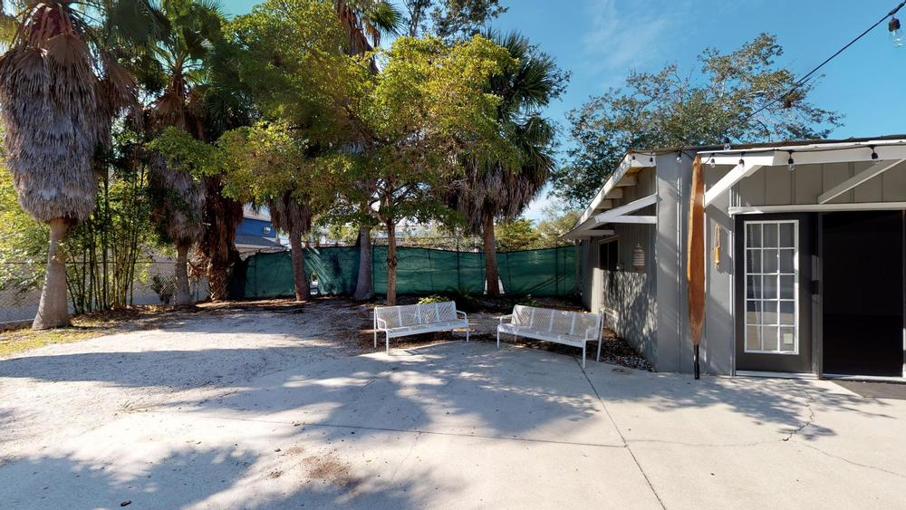 423 N. Lemon Ave., Sarasota, FL 34236 - thumbnail 44 of 56