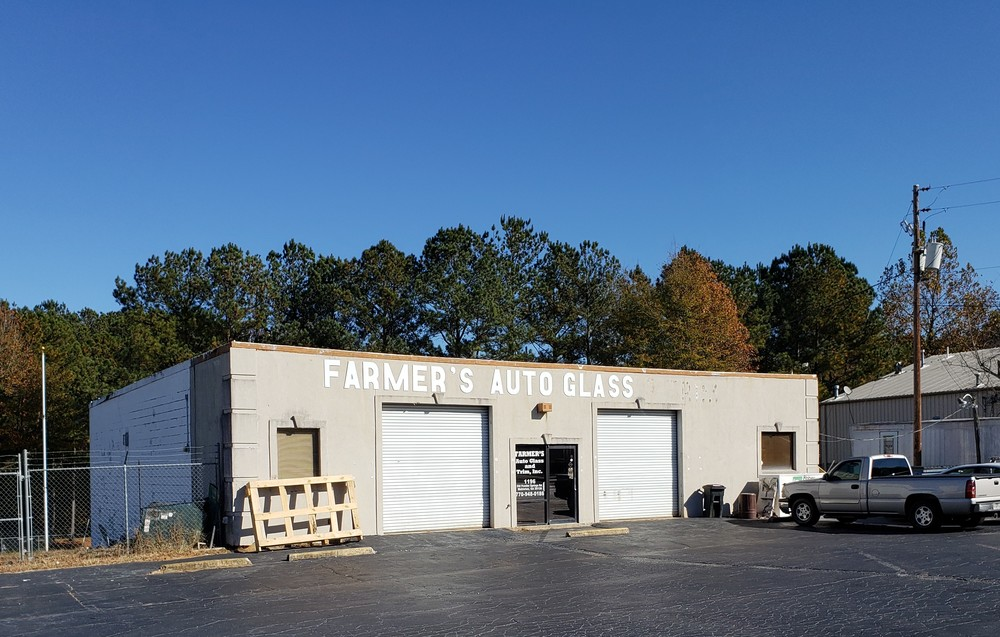 2,460 SF Commercial Property