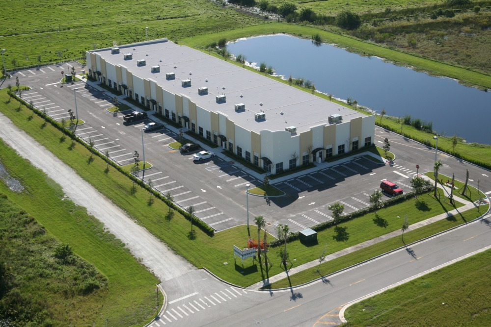 Commercial Real Estate for Leasing and Sales in Treasure coast