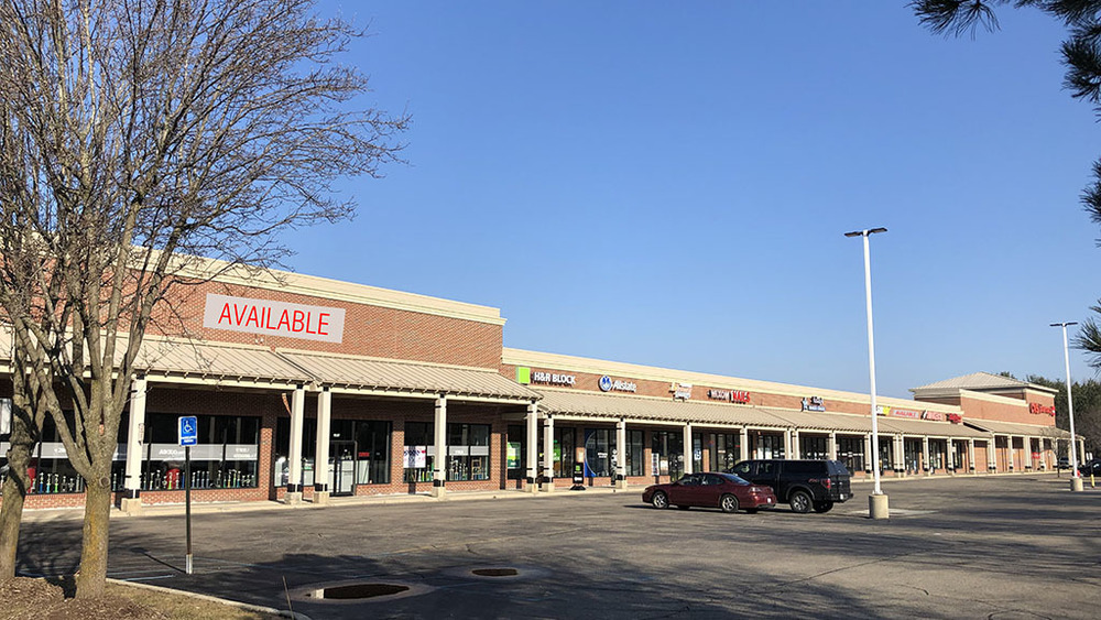Wixom Charms Plaza