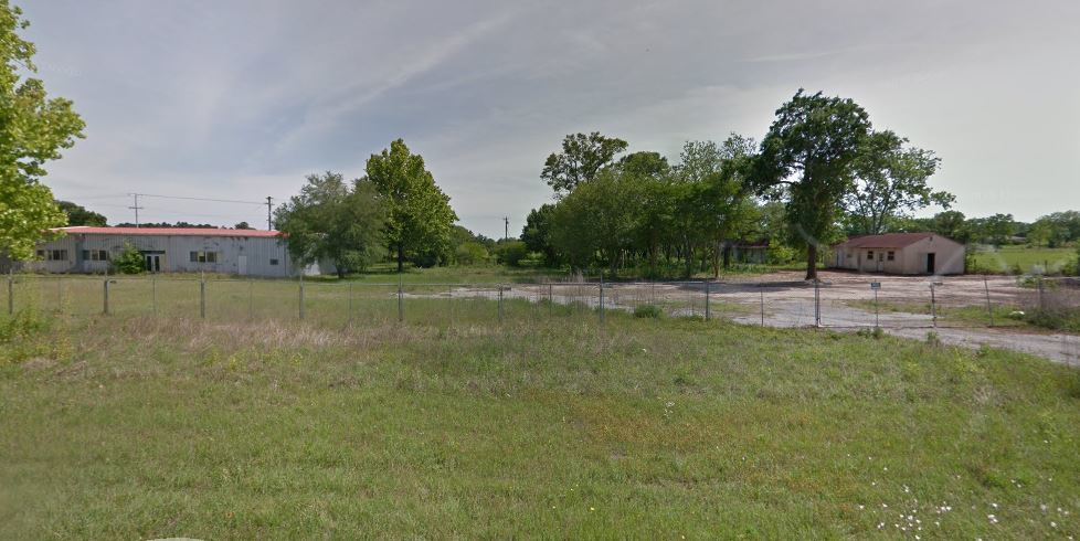 3.33 Acres of Land with Building on FM 1488 & FM 362