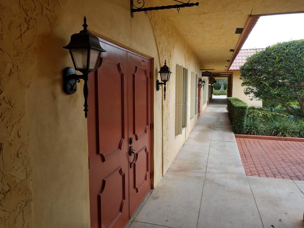 Courtyard Gardens Professional Centre