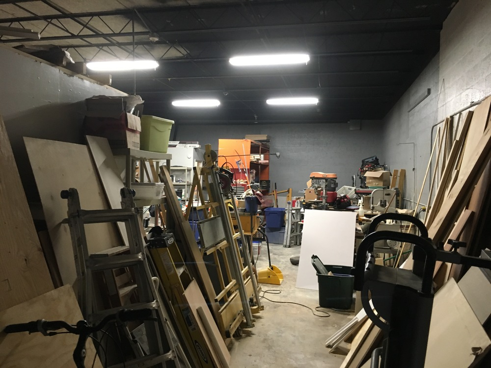 For Lease: Warehouse Bay