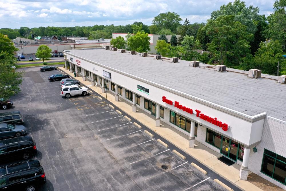 Glen Knolls Shopping Center