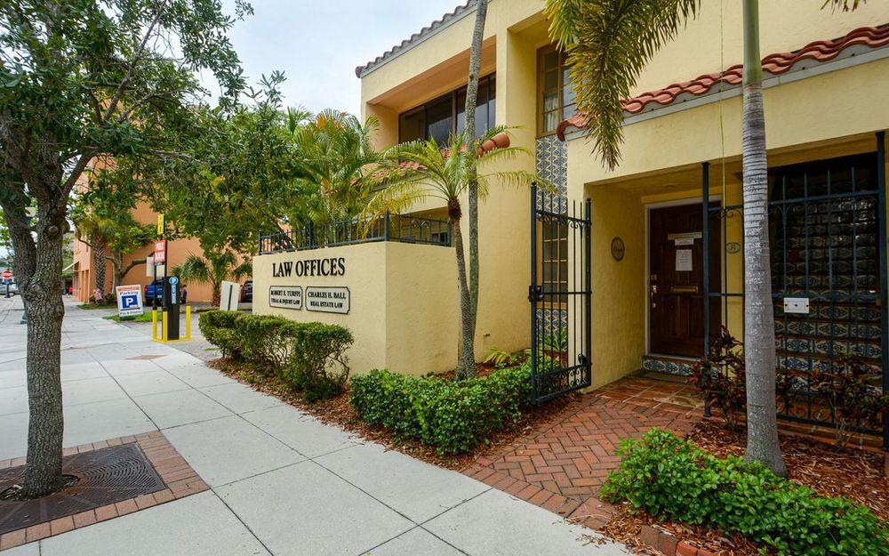 1444 1st Street, Unit B, Sarasota, FL 34236