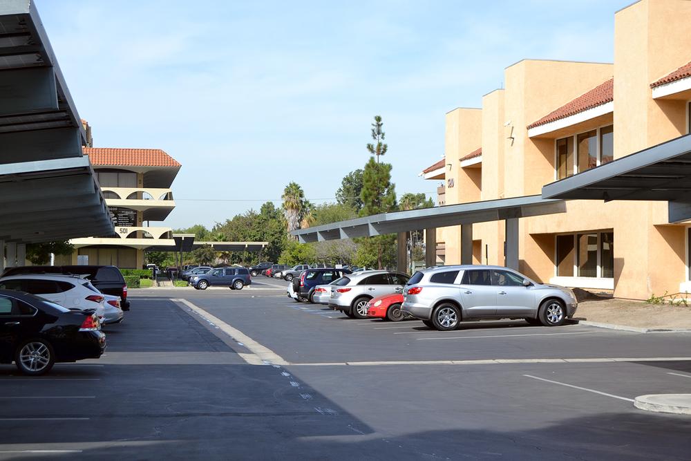 Plaza de Oro (Executive Suites)