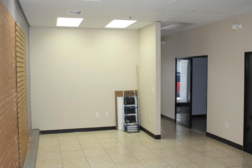 Interior View - Suite 325