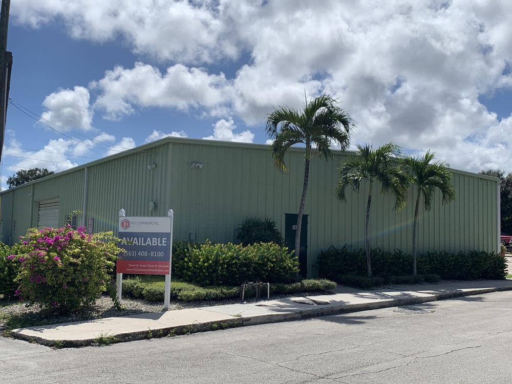 Office/Warehouse Space w/Small Fenced Yard
