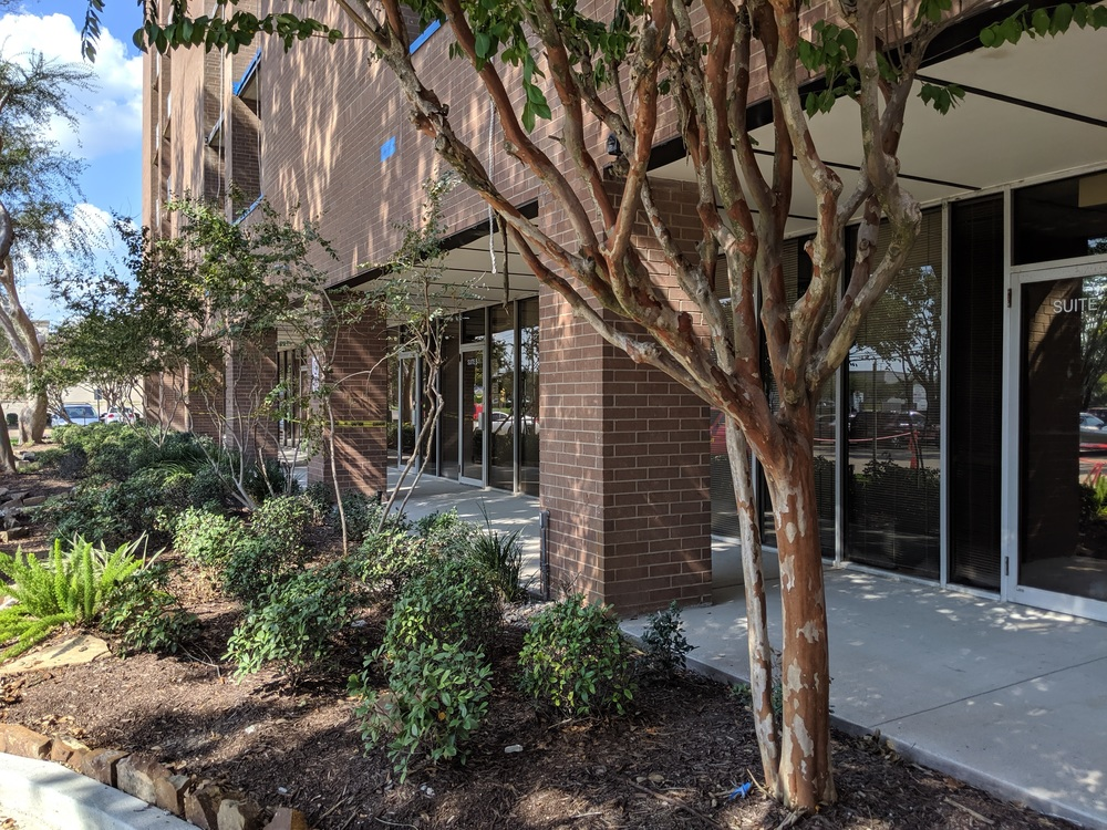 Retail / Office Suites on Burke Road