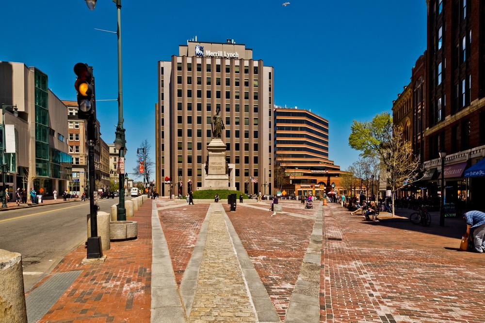 1 Monument Square