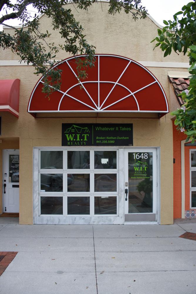 1648 Main Street, Sarasota, FL 34236