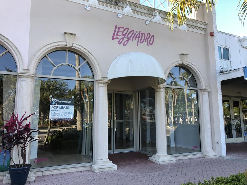 380 St Armands Circle, Sarasota, FL 34236