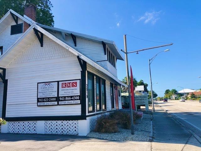 2019 Manatee Ave West - photo 3 of 12