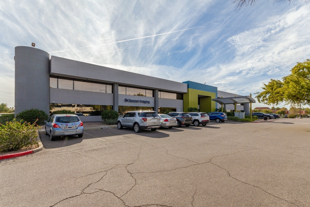 Baywood Health Center | For Lease or Sale