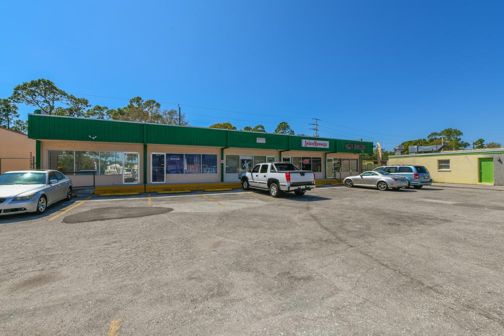 2751 Tamiami Trail, Port Charlotte, FL 33952