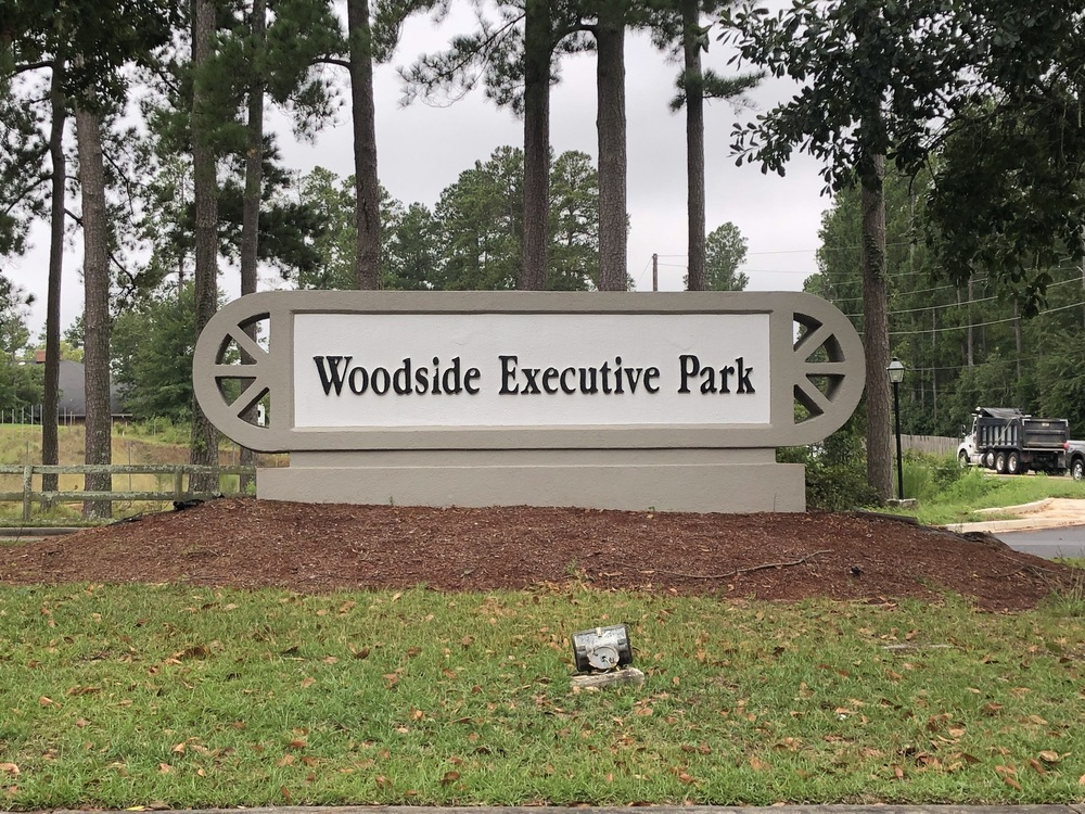 5000 Woodside Executive Court