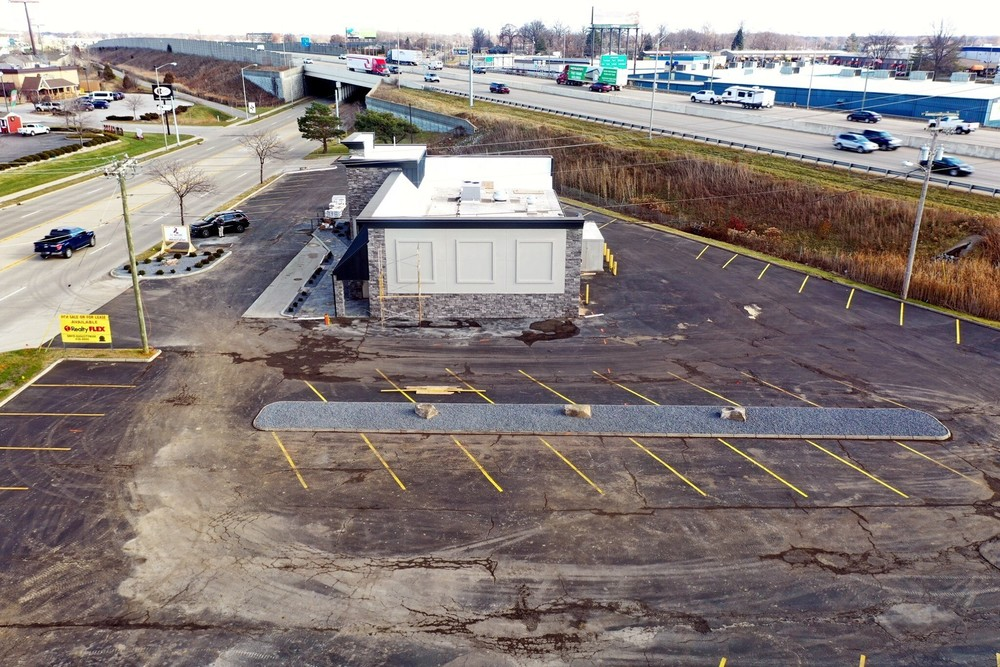 3,883 sq. ft. with high visibility available
