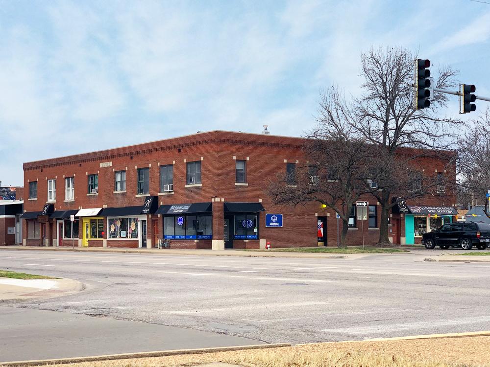 Douglas Design District Retail / Office