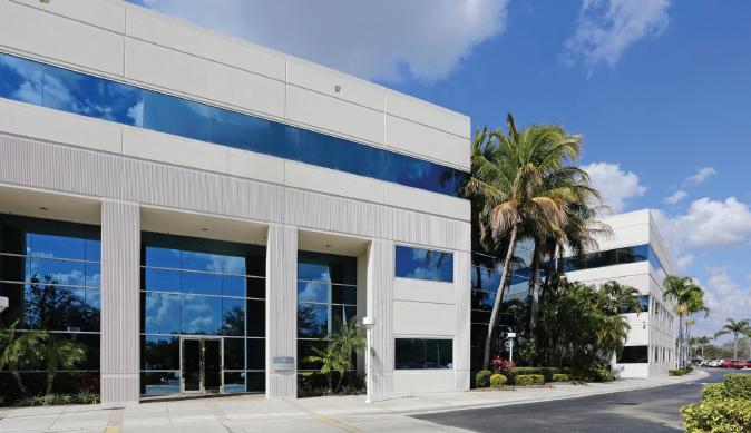 101 Paramount Dr, Sarasota, FL 34232