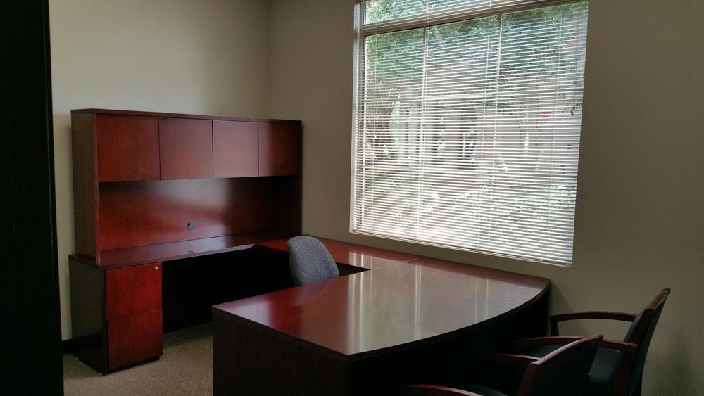 2152 S Vineyard Suite 116