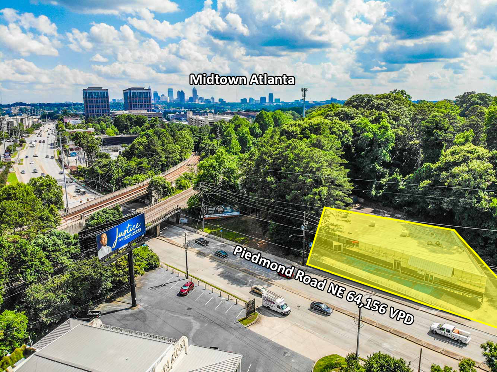 Intown Multi-Tenant Office Opportunity | South Buckhead | ± 13,230 SF | ± 0.91 - 1.46 Acres