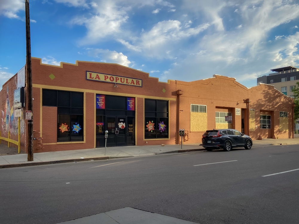 2033 - 2041 Lawrence Street