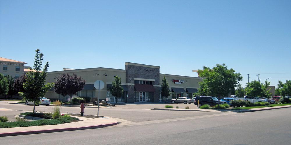 Shops at Spectrum Pointe