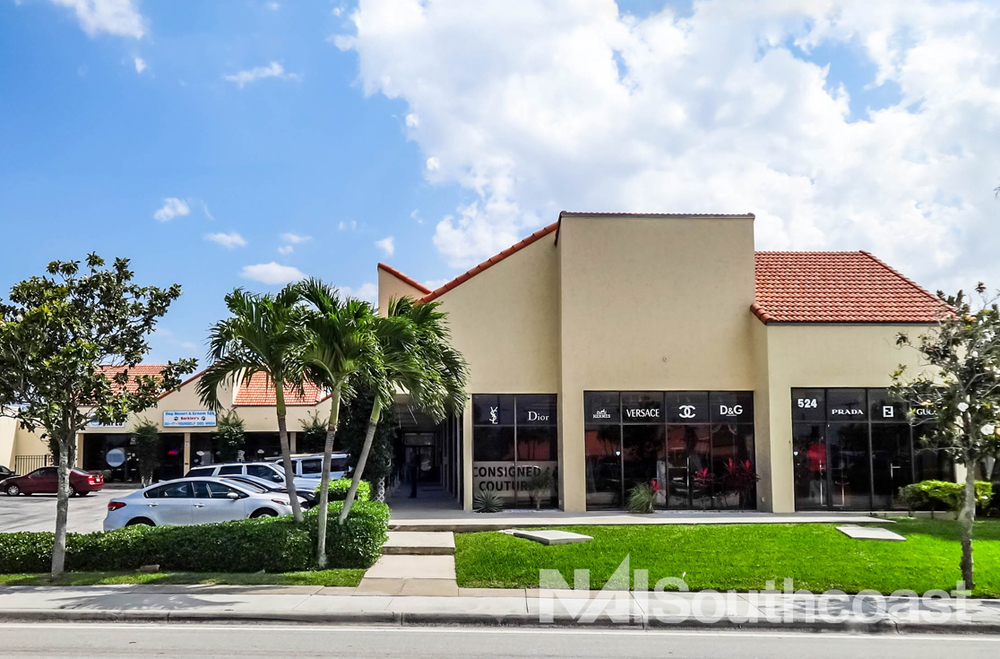 End Cap Retail For Lease