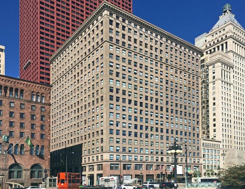 <div>332 S Michigan Avenue</div><div>Chicago, IL 60604</div>
