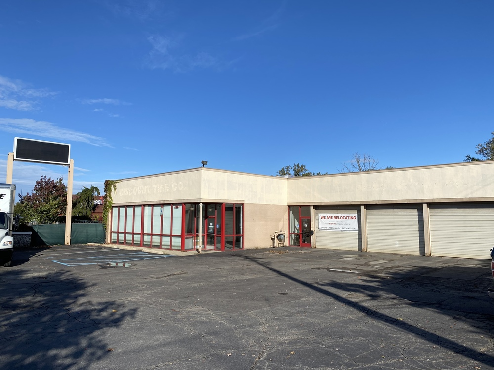 Freestanding Washtenaw Ave Retail for Sale/Lease in Ann Arbor