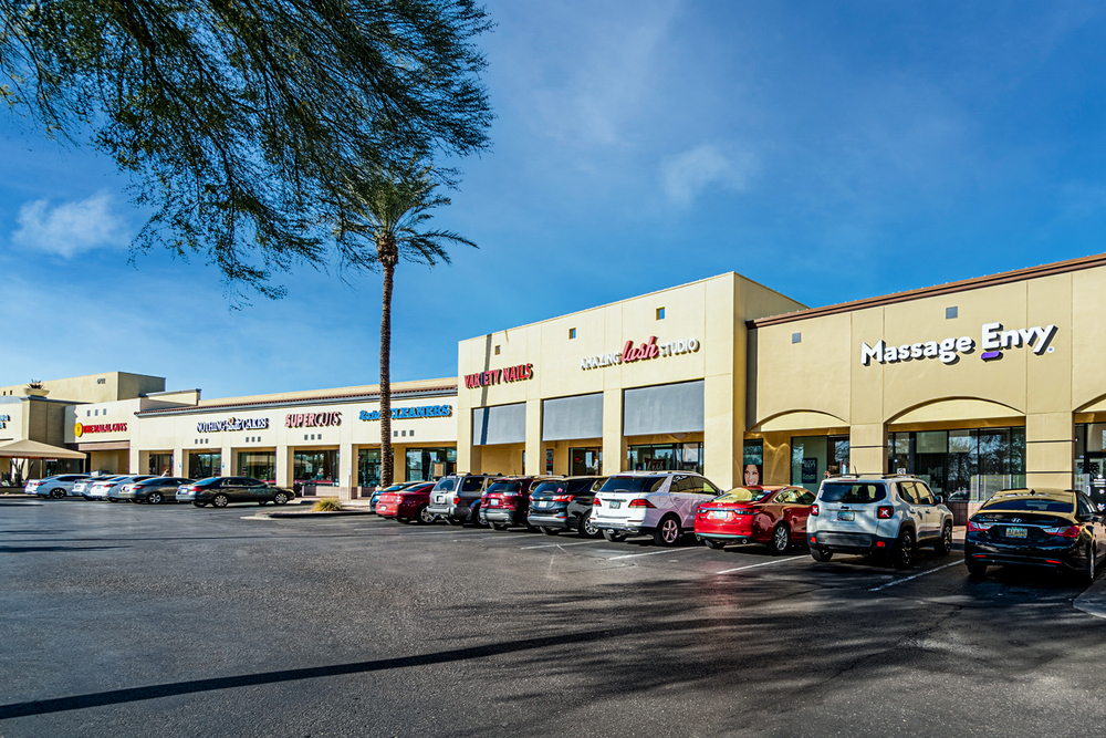 Ahwatukee Foothills Towne Center<br/><div>NWC 48th Street & Ray Road</div><div>Phoenix, AZ 85044</div>