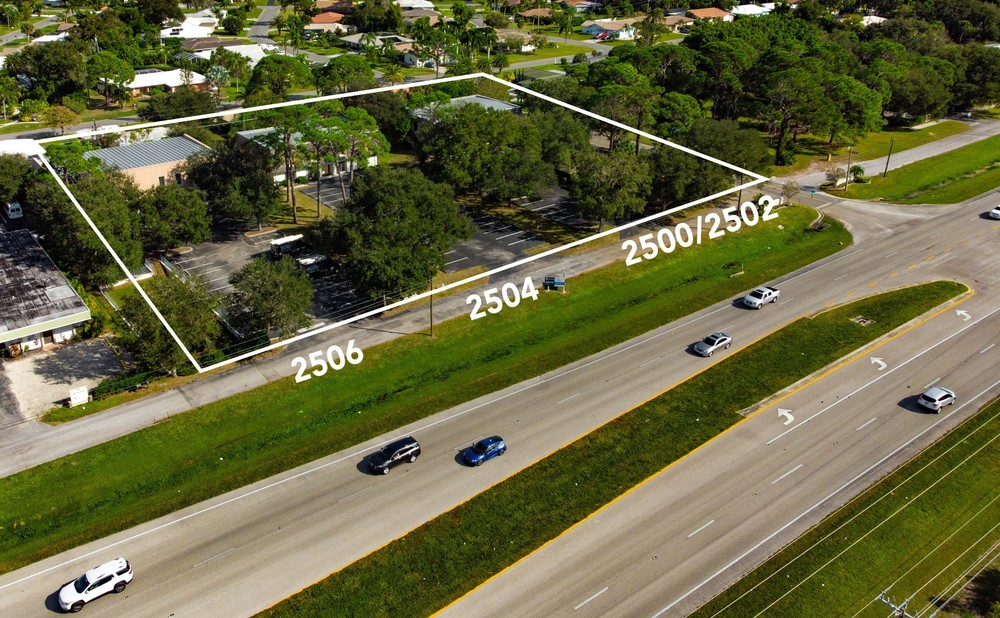 2506 Tamiami Trl N - photo 8 of 28
