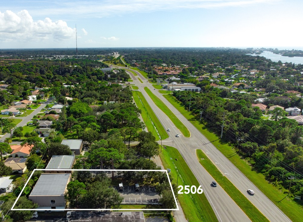 2506 Tamiami Trl N - photo 24 of 28