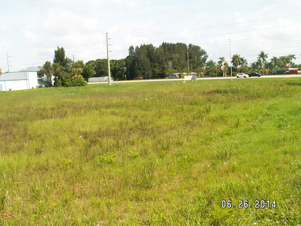 12580 South Tamiami Trail - photo 7 of 9