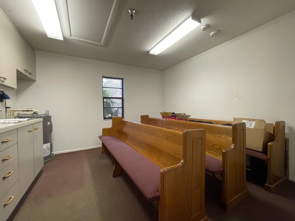 Breakout Room 4 & Kitchenette