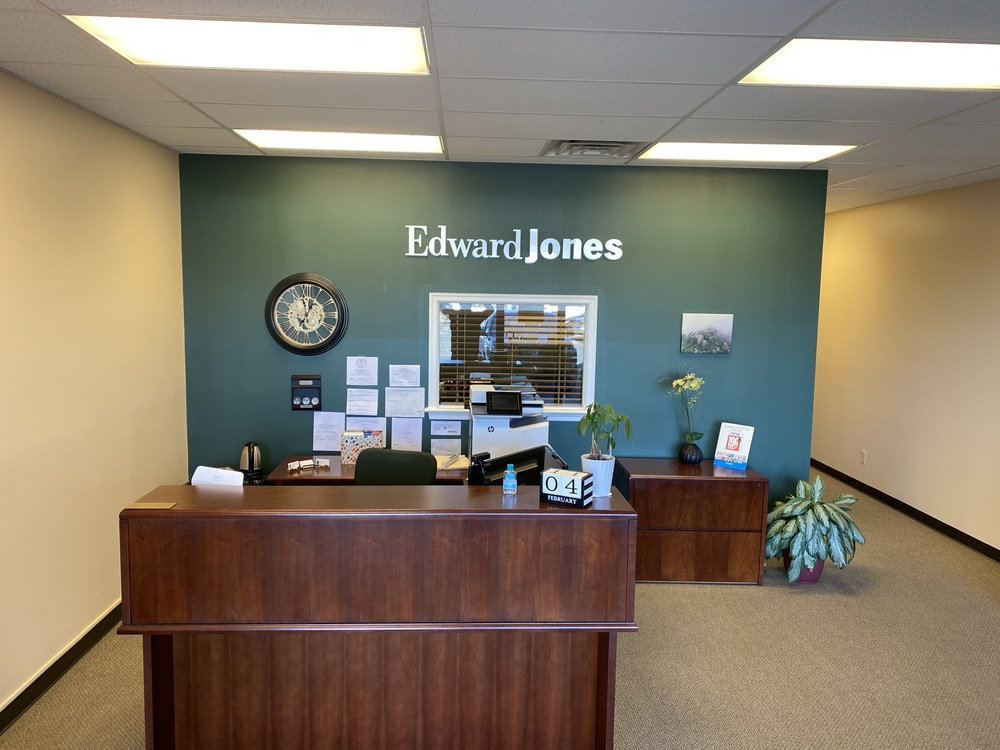 Formerly Edward Jones - Mt Clinton Pike Harrisonburg