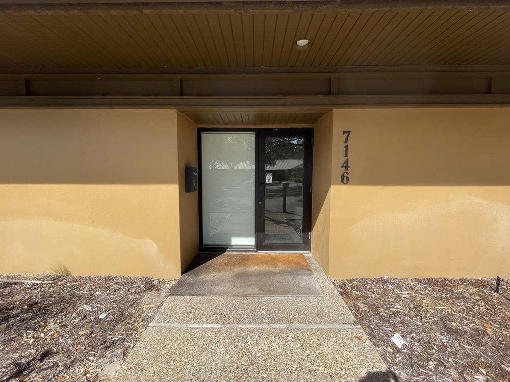Suite 7146  Entrance View