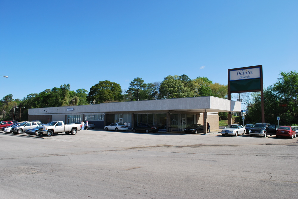 Retail/Office Space Available