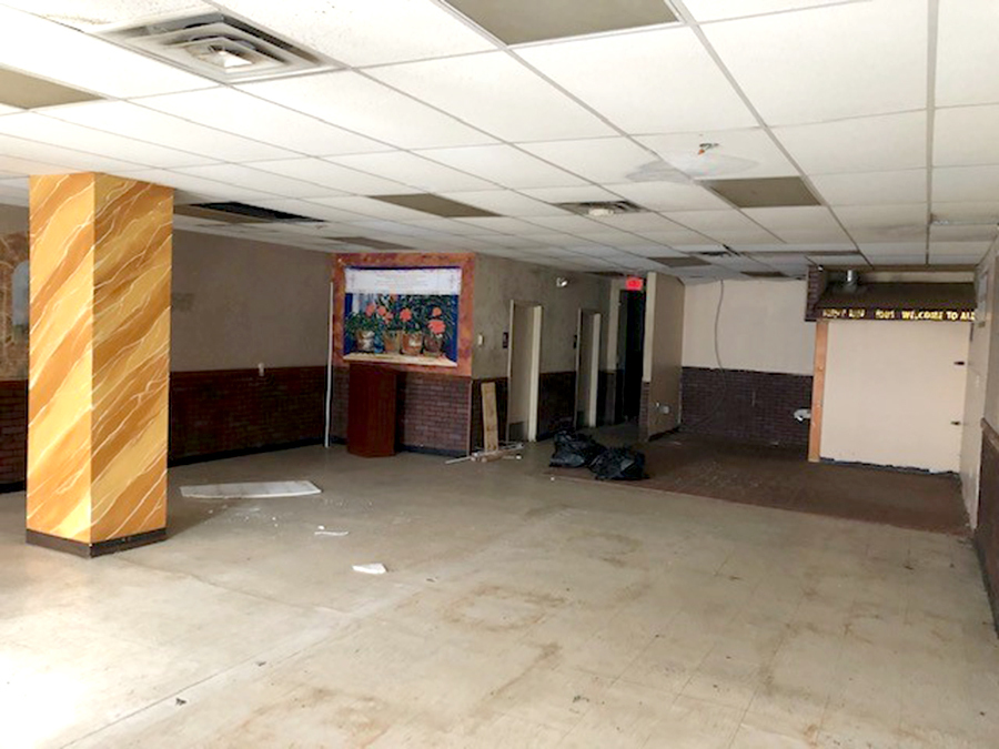 Commercial Retail/Office Space For Lease