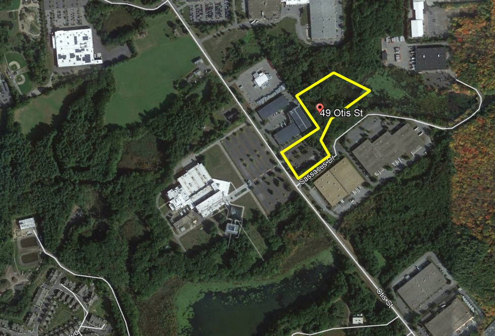 Retail / Industrial Site Available