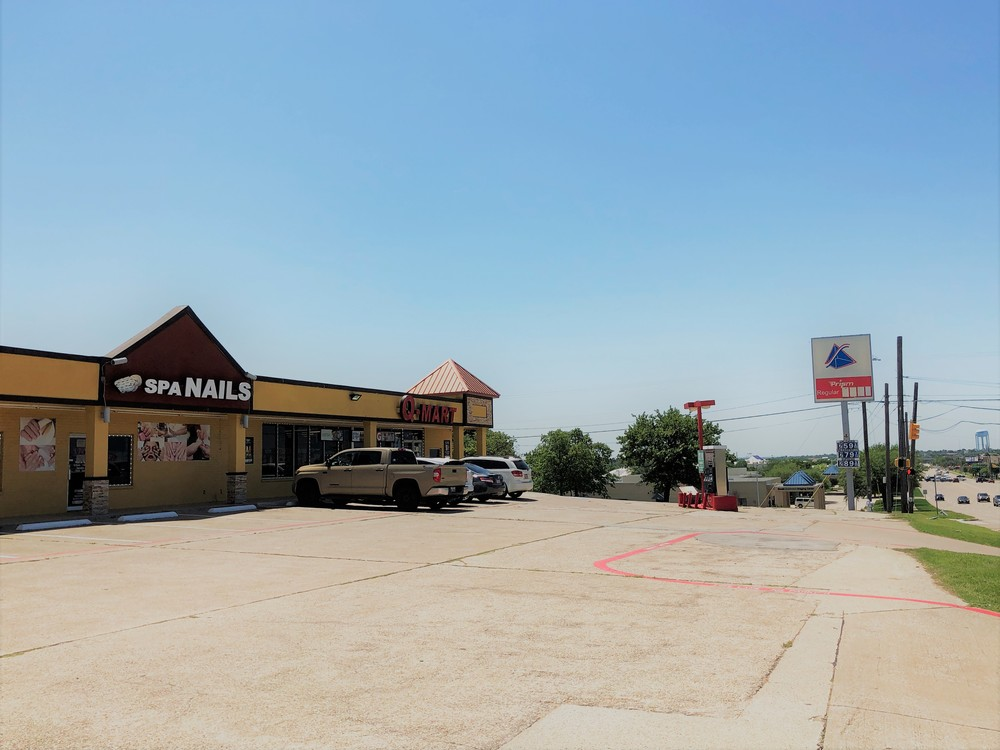 6500 Precinct Line Retail Center