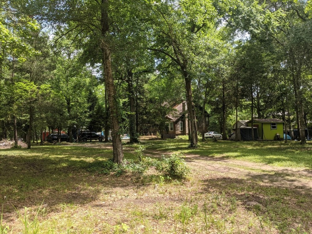 5.138 Acres of Land with Offices on FM 1488