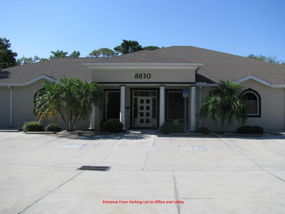 8830 S. Tamiami Trl., Sarasota, FL 34231